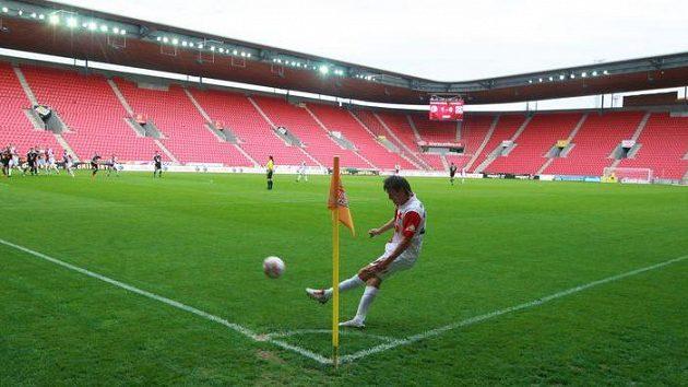 Fotbalový stadión Eden má podle Jaroslava Tvrdíka v plánu koupit společnost CEFC.