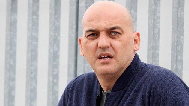 Na bývalého srbského fotbalistu Darka Kovačeviče se v Aténách střílelo