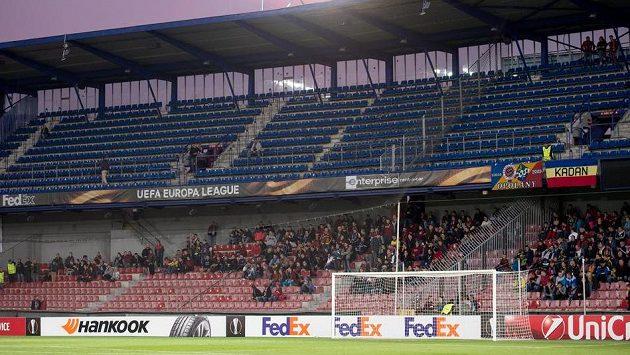 Prázdný kotel fanoušků Sparty během utkání proti Nikósii. Jejich sektor v Rostově bude vypadat stejně...