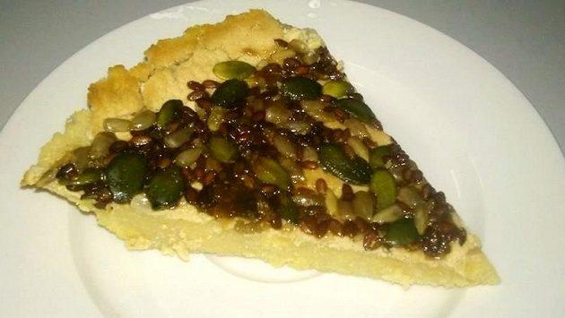 Semínkový koláč naslano.