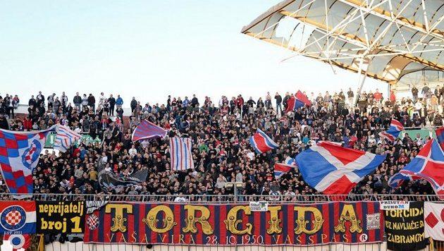 V Chorvatsku se do boje s koronavirem zapojila i fanouškovská skupina Hajduku Torcida Split.