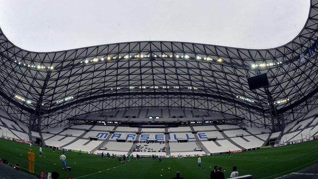 Zrekonstruovaný stadión Stade Vélodrome v Marseille.