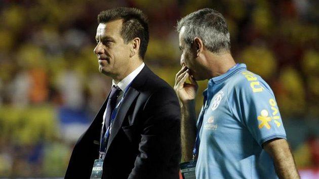 Trenér Carlos Dunga oslavil návrat na lavičku Brazílie vítězstvím nad Kolumbií.