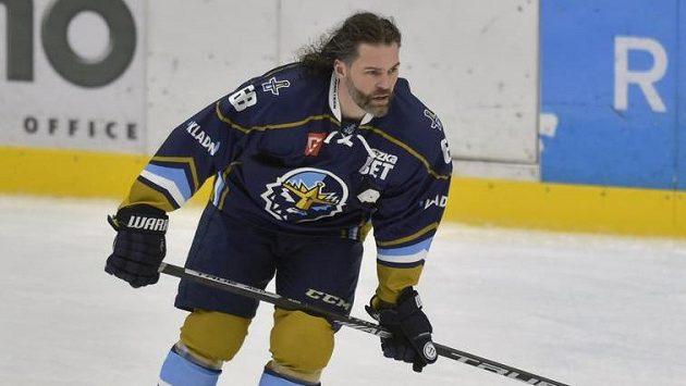 Hokejový útočník Jaromír Jágr během rozbruslení.