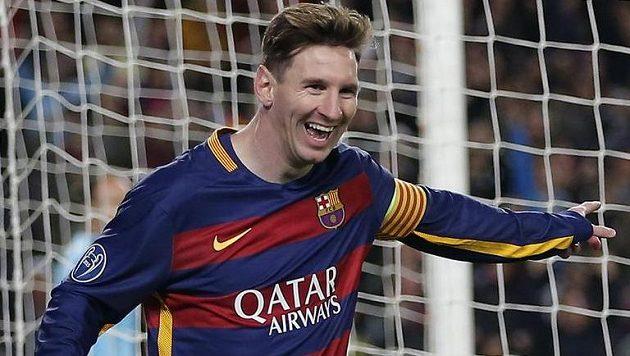 Takhle ho zná celý fotbalový svět, Lionel Messi v dresu Barcelony. Vymění ho za jiný?