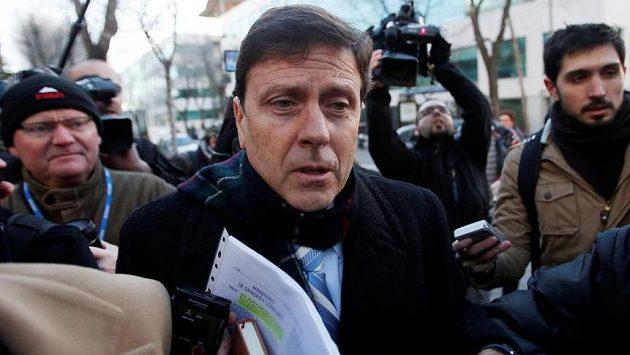 Španělský lékař Eufemian Fuentes na archivním snímku.