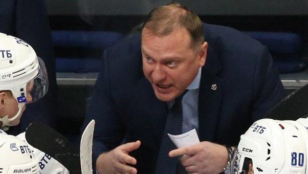Trenér Vladimir Vorobjov dostal v KHL padáka.