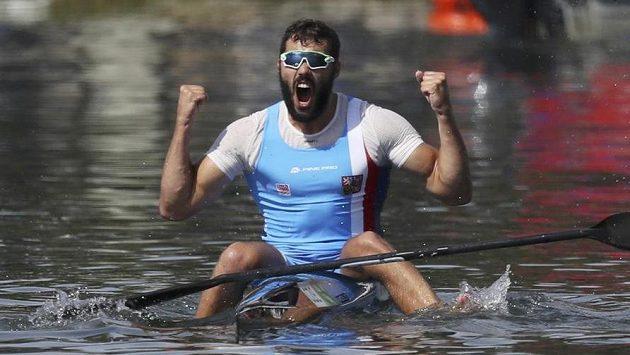 Je to tam! Kajakář Josef Dostál získal na kilometrové trati v Riu stříbro!