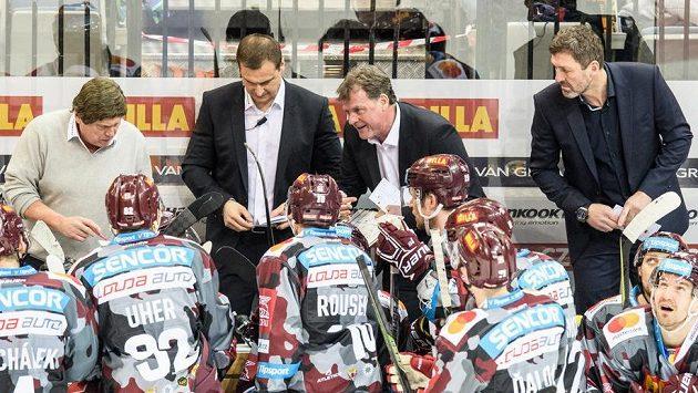 Hokejová Sparta po uplynulé sezóně mění realizační tým. Ten původní tvořili (zleva) František Výborný, asistent Martin Janeček, Radim Rulík a asistent Jaroslav Nedvěd.