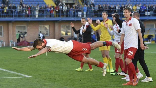 Fotbalista Petr Buchta ze Zlína se raduje z vítězství nad Slavií.