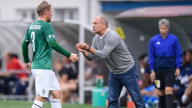 Tomáš Hübschman z Jablonce a trenér Petr Rada během utkání v Plzni.