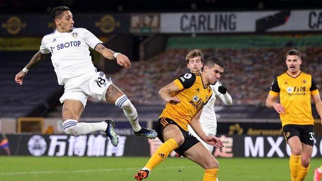 Fotbalisté Wolves hostili na svém hřišti Leeds