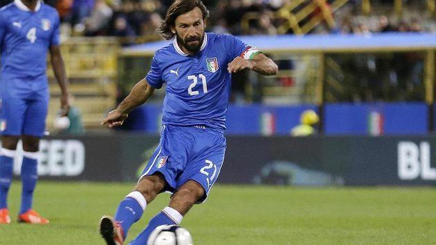 Italský záložník Andrea Pirlo se v přípravném utkání proti San Marinu prosadil i střelecky.
