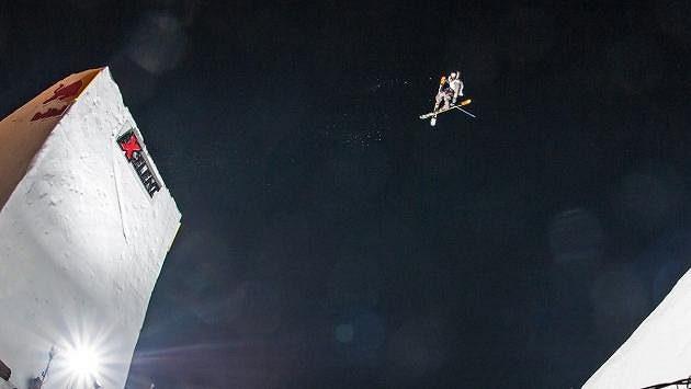 Jednou z nových disciplín bude lyžařský Big Air - ilustrační foto.