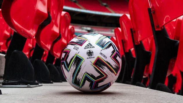 Oficiální míč ME.