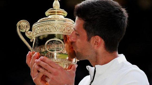 Novak Djokovič ovládl Wimbledon popáté