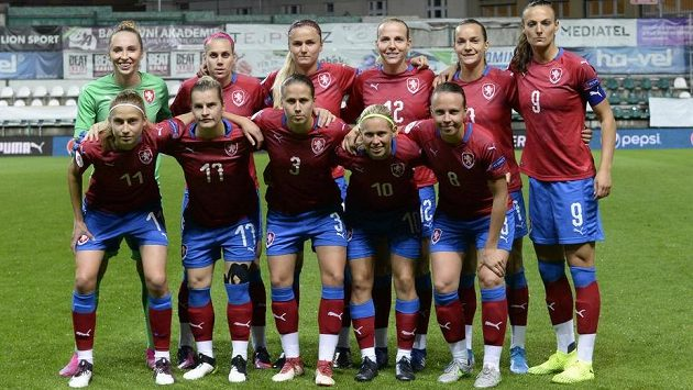Česká fotbalová reprezentace žen.