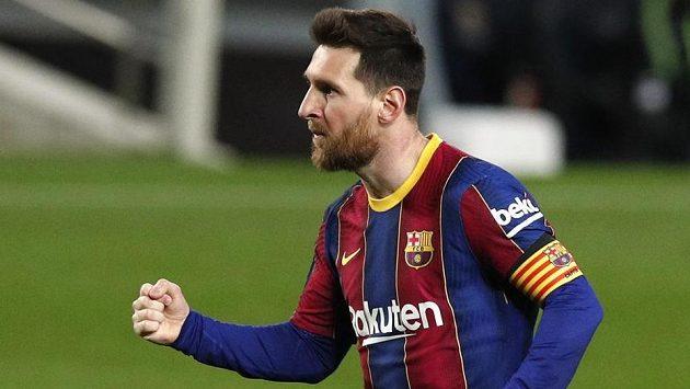 Lionel Messi z Barcelony při zápase s Huescou, kdy vyrovnal klubový rekod Xaviho Hernándeze.