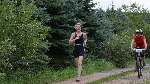Veronika Zborníková se pouští i do triatlonu.