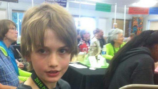 Brentu Cappsovi je dvanáctt, ale běhá lépe než většina starších o deset let.