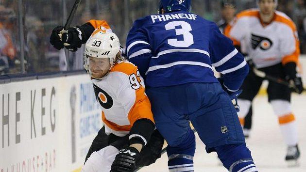 Voráček vládne NHL, čtyřmi asistencemi pomohl k výhře nad Torontem