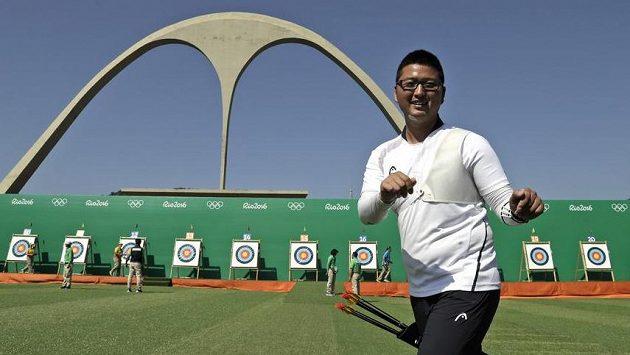 Korejec Kim U-čin se v Riu postaral o první světový rekord v lukostřelbě.