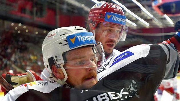 David Kaše (vlevo) si zápasy v Česku užívá