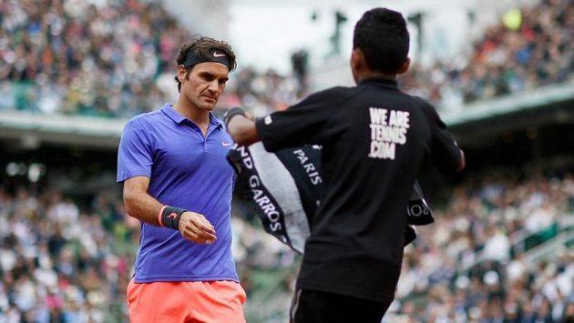 Roger Federer se vyjádřil k sběračům míčků