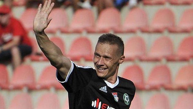 Tomáš Zápotočný z Příbrami se raduje z vyrovnávacího gólu na 1:1 v ligovém utkání proti Plzni.