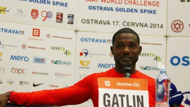 Americký sprinter Justin Gatlin na tiskové konferenci před ostravskou Zlatou tretrou.