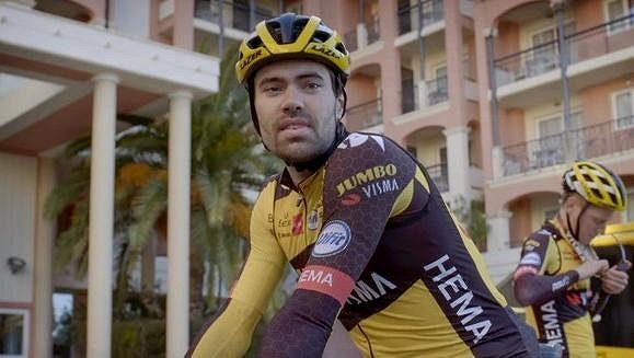 Nizozemský cyklista Tom Dumoulin musel ukončit sezonu.
