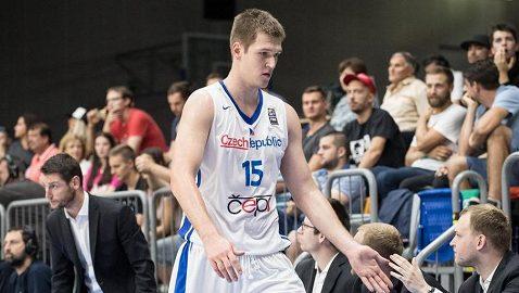 Český basketbalista Martin Peterka, ilustrační foto.