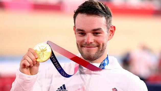 Olympijským vítězem v omniu se stal britský dráhař Matthew Walls