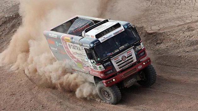 Martin Kolomý na tatře na trati letošního ročníku Rallye Dakar.