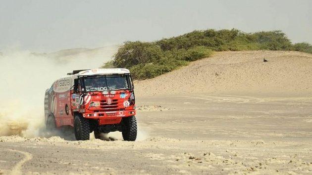 Aleš Loprais na trati Rallye Dakar.