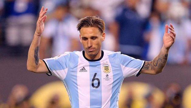 Argentinský středopolař Lucas Biglia - ilustrační foto.