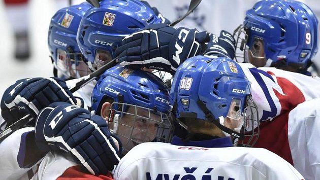 Čeští hráči se radují z vítězství nad Spojenými státy