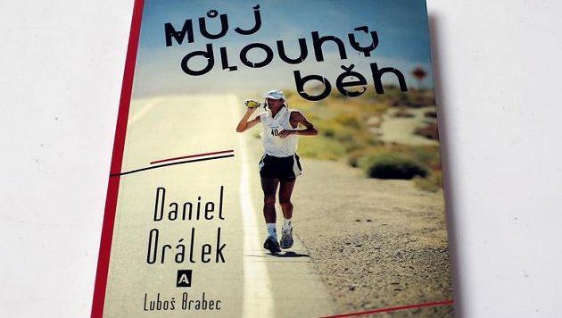 Můj Dlouhý běh - Daniel Orálek a Luboš Brabec vás nenechají posedět, budete chtít vyběhnout.