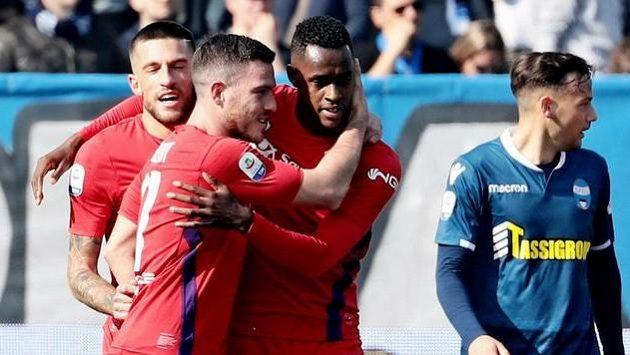 Hráči Fiorentiny se radují.