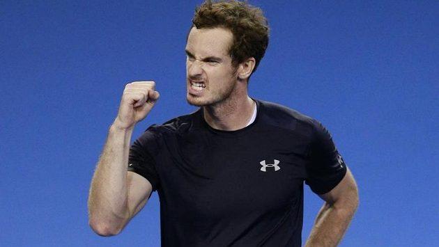 Vítězné gesto Andyho Murrayho.