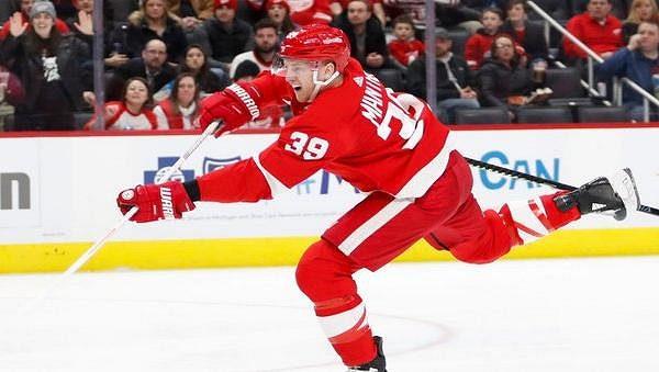 Útočník Anthony Mantha podepsal v NHL novou čtyřletou smlouvu s Detroitem.