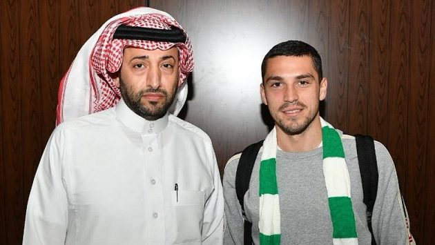 Nicolae Stanciu v saúdskoarabském klubu Al Ahlí dlouho nevydržel.