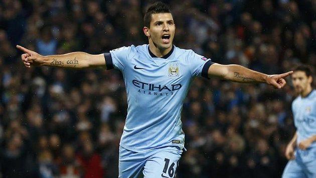 Hrdina Manchesteru City, argentinský útočník Sergio Agüero.