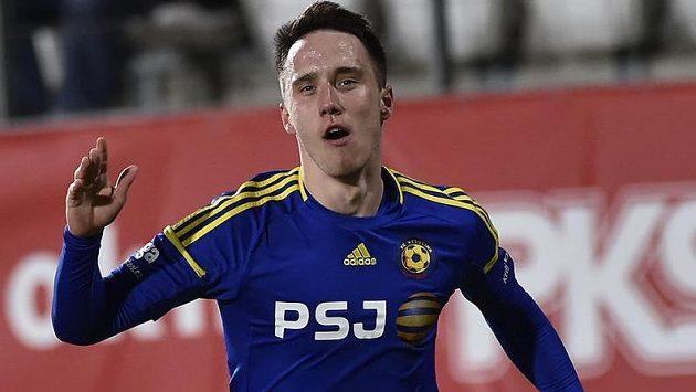 Radost Davise Ikauniekse z Jihlavy po vstřeleném prvním gólu v utkání s Hradcem.