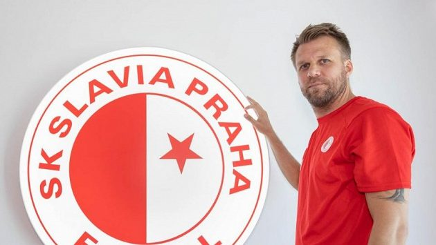 Novým trenérem fotbalistek Slavie se stal Michal Kolomazník.