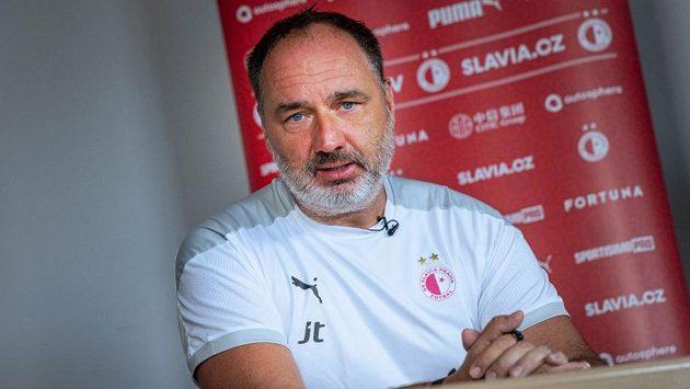 Trenér Jindřich Trpišovský chystá Slavii na další těžkou sezonu.
