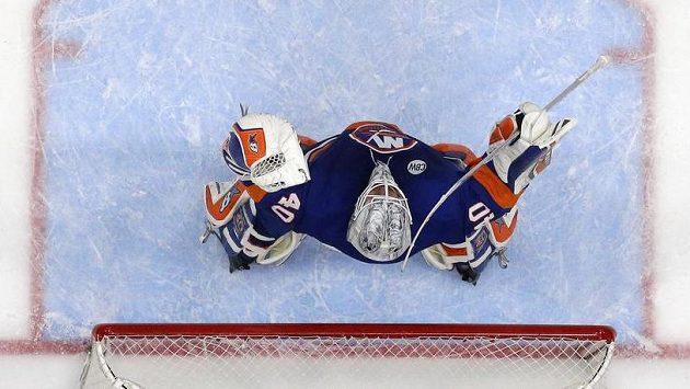 Brankář New Yorku Islanders Robin Lehner.