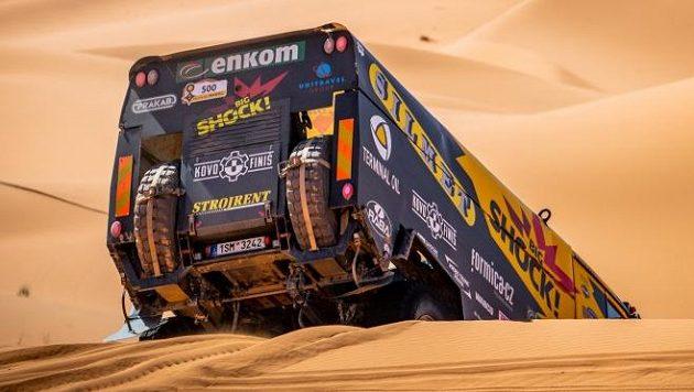 Martin Macík právě zdolal další marockou dunu...
