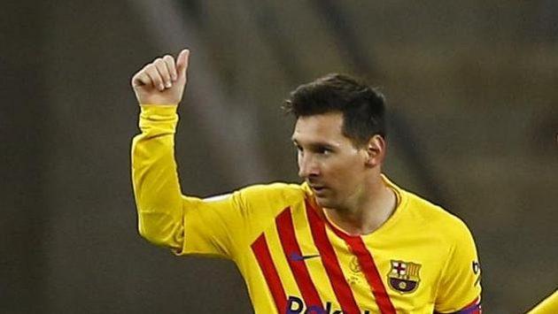 Lionel Messi z Barcelony se raduje po gólu proti Bilbau.
