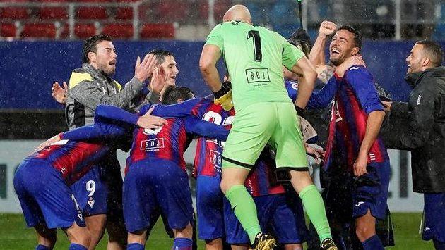 Fotbalisté třetiligového Cultural Leonesa se postarali o obrovské překvapení